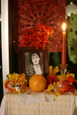 Altar dedicated to Dorothy Parker.
